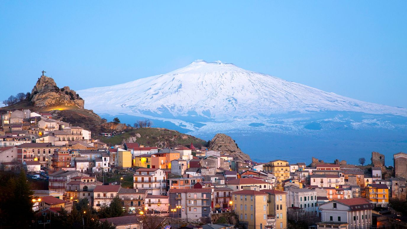 Mount Etna: The threat looming large over Sicily - BBC Reel