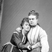 The cross-dressing gents of the 1800s thumbnail