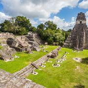 Mayan ruins at Tikal National Park, Guatemala thumbnail
