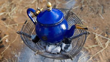 Tea shows Niger men that it's better to live in the now (Credit: Credit: Tuul and Bruno Morandi/Alamy)
