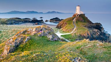 hiraeth is a blend of homesickness, nostalgia and longing, (Credit: Credit: Alan Novelli/Getty Images)
