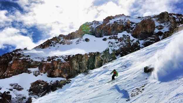 Off-piste in La Parva (Credit: AFP/Getty Images)