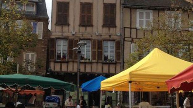 Rodez market (Credit: Terry Ward)