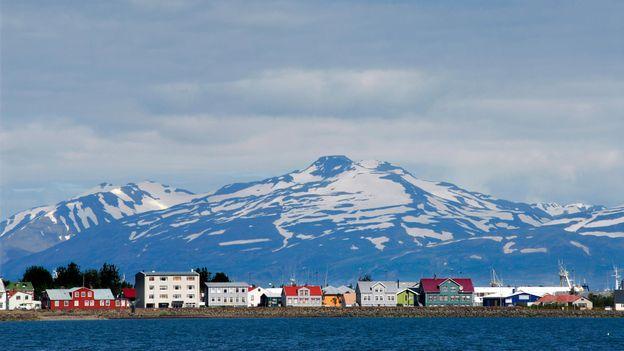 Akureyri town (Credit: Gerault Gregory/hemis.fr/Getty)