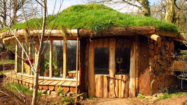 The Hobbit House on Cornwall's coast (Credit: Canopy and Stars)