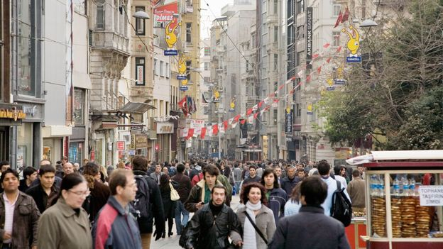 Istiklal Avenue (Credit: James Reeve/Getty)