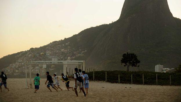 Leblon beach (Credit: Nelson Almeida/AFP/Getty)