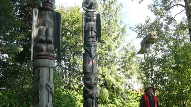 Encounters with Native American history in Wrangell (Credit: Simon and Susan Veness)