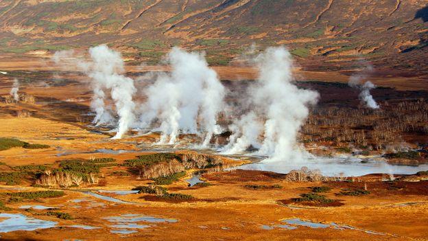 Fumeroles fume in the Uzon Caldera (Credit: Igor Shpilenok)