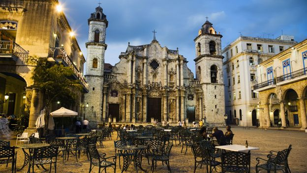 In Havana, a cafe under a cathedral (Credit: David Sutherland/Getty)