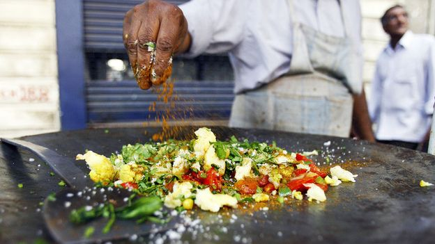 The makings of a cheap, tasty Mumbai meal (Credit: Sajjad Hussain/AFP/Getty)