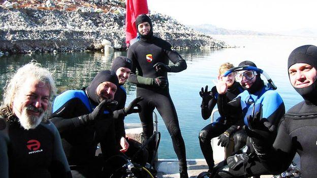 Divers on the lake (Credit: Scuba Views)