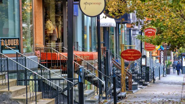Boutiques on Crescent Street (Credit: Visions of Our Land/Getty)