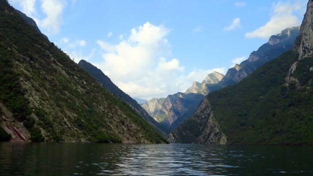 Views of Lake Koman (Credit: Adam H Graham)