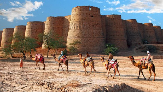 Derawar Fort in Bahawalpur, Pakistan (Credit: Sami's Photography/Getty)