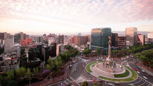 Bustling Mexico City (Credit: Walter Bibikow/Getty)