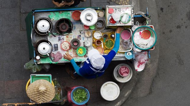 Bangkok street food vendor (Credit: Credit: Nicolas Asfouri/AFP/Getty)