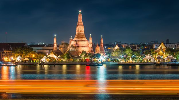 Wat Arun temple in Bangkok (Credit: Credit: thebang/Getty)