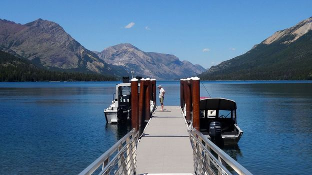 Visitors enjoy the vast Waterton lakes (Credit: Credit: Carol Patterson)