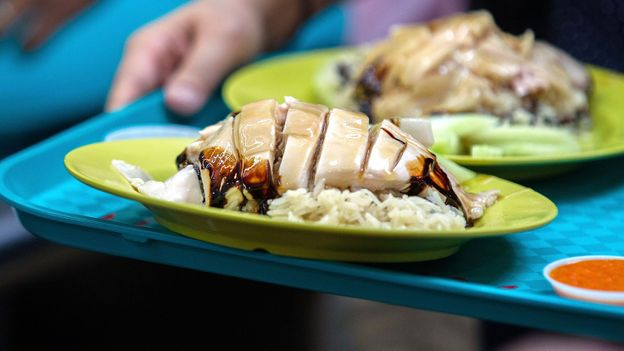 Tian Tian's chicken rice stands out among the stalls at Maxwell Food Centre (Credit: Credit: Nicky Loh/Getty)