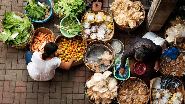 The public market in Ubud is a colourful place to shop for ingredients (Credit: Credit: Edmund Lowe/Alamy)