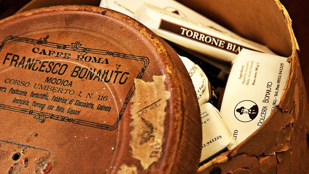Antica Dolceria Bonajuto sells a variety of treats, including Modicani chocolate (Credit: Credit: Antica Dolceria Bonajuto)