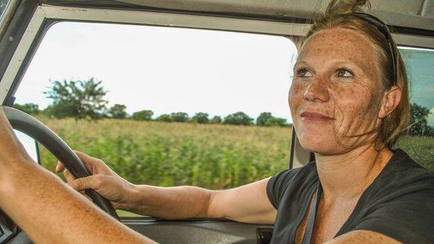 Luisa behind the wheel