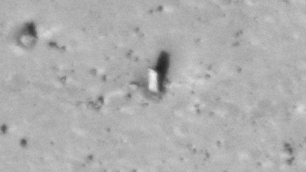 The Mars monolith (Credit: Mars Global Surveyor/Nasa)