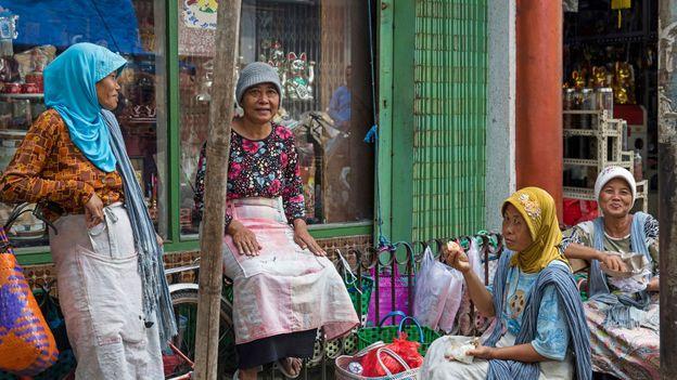 BBC - Travel - Why no-one speaks Indonesia's language