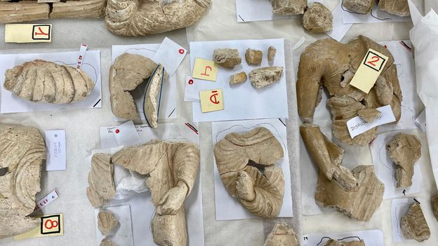 Today, an international team is trying to rebuild centuries-old artefacts from more than 7,500 fragments (Credit: Credit: Hikmat Noori)