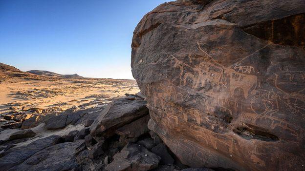 Sabu's ancient petroglyphs show hippos, crocodiles, giraffes and other animals from the desert's distant past (Credit: Credit: Matt Stirn)