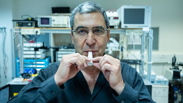 Professor Sarusi expects his device to start appearing in airports and train stations soon (Credit: Credit: Courtesy of Ben-Gurion University)