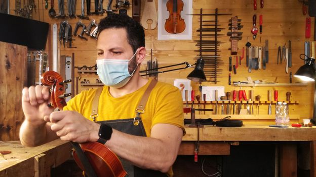 The dark future for the world's greatest violin-makers
