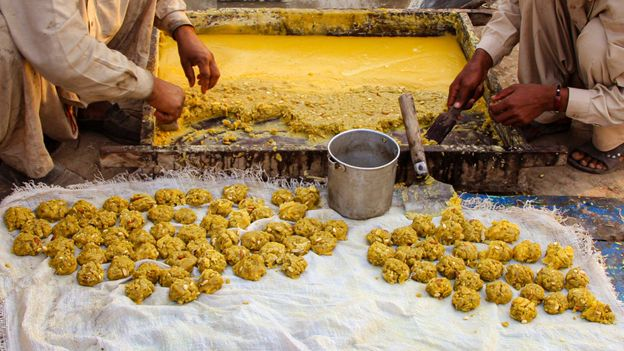 India, which cultivates hundreds of varieties of sugarcane, produces more than 70% of the world's jaggery (Credit: Credit: Tariq Sulemani/Getty Images)