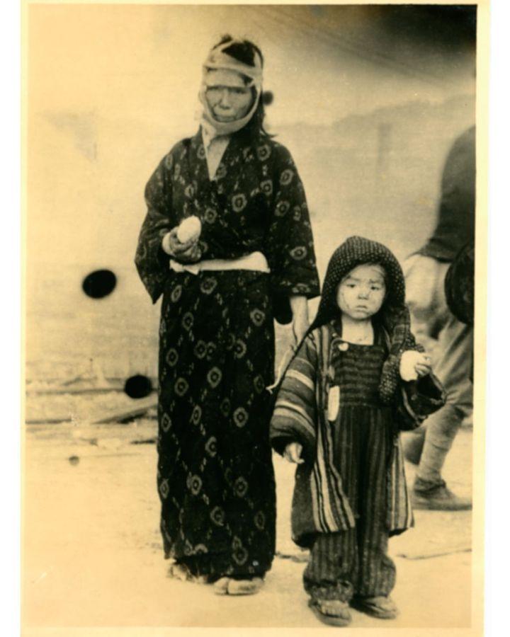 """Hak atas foto Alamy Para penyintas dikenal sebagai """"hibakusha""""."""