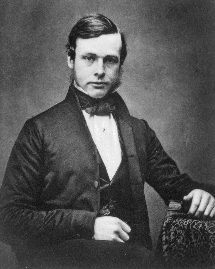 Joseph Lister realised the same invisible agents which caused putrefaction were also killing his patients (Credit: Science Photo Library)