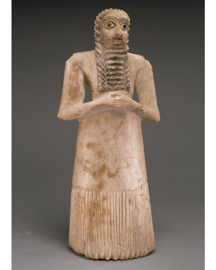 The Sumerians used abnormally large eyes to convey the holiness of divine figures (Credit: Metropolitan Museum of Art)