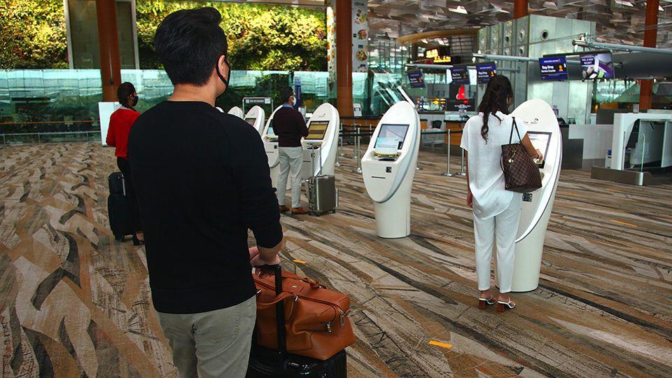 Airport_check-in_kiosk.jpg