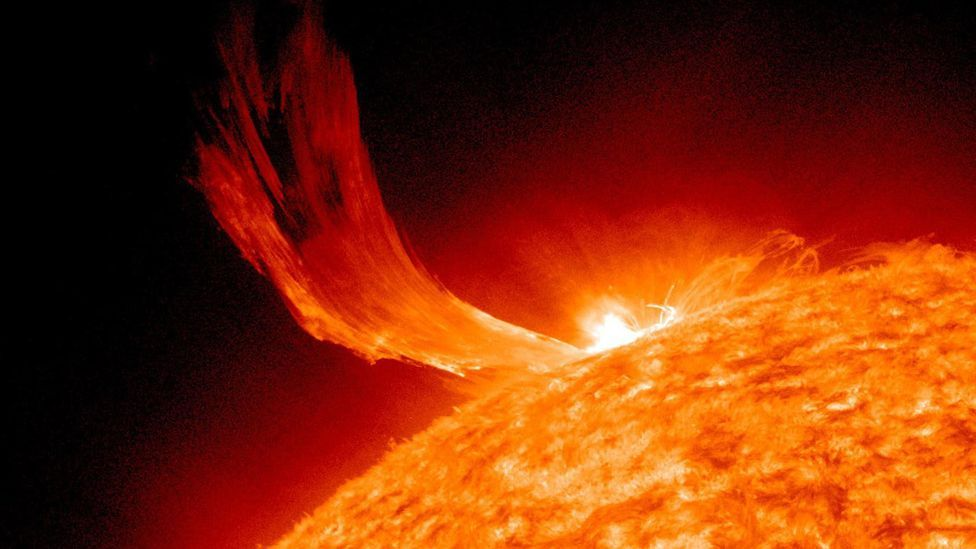A minor flare and a coronal mass ejection in profile as they blast out from the Sun. (Copyright: Nasa)