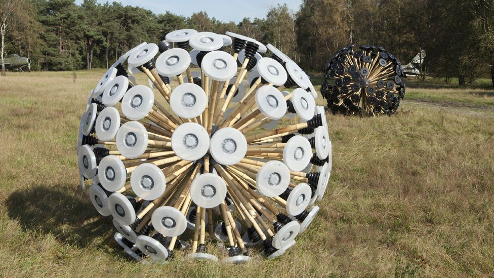 The Mine Kafon is a cheap, wind-blown mine clearance device made primarily from bamboo, plastic and iron. (Copyright: Massoud Hassani)