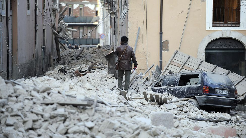 Six Italian seismologists and a government official were jailed for failing to communicate the risk of the 2009 L'Aquila quake, which killed 308 people. (Copyright: Getty Images)