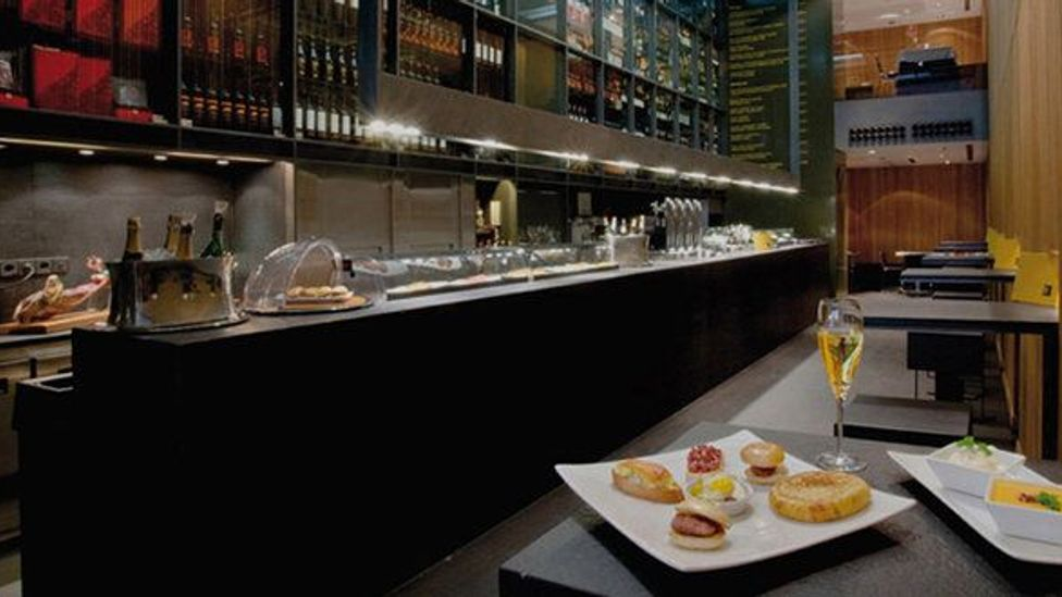 Sula Madrid is one of many restaurants increasing the Spanish capital's cosmopolitan quotient. (Courtesy of Sula Madrid)