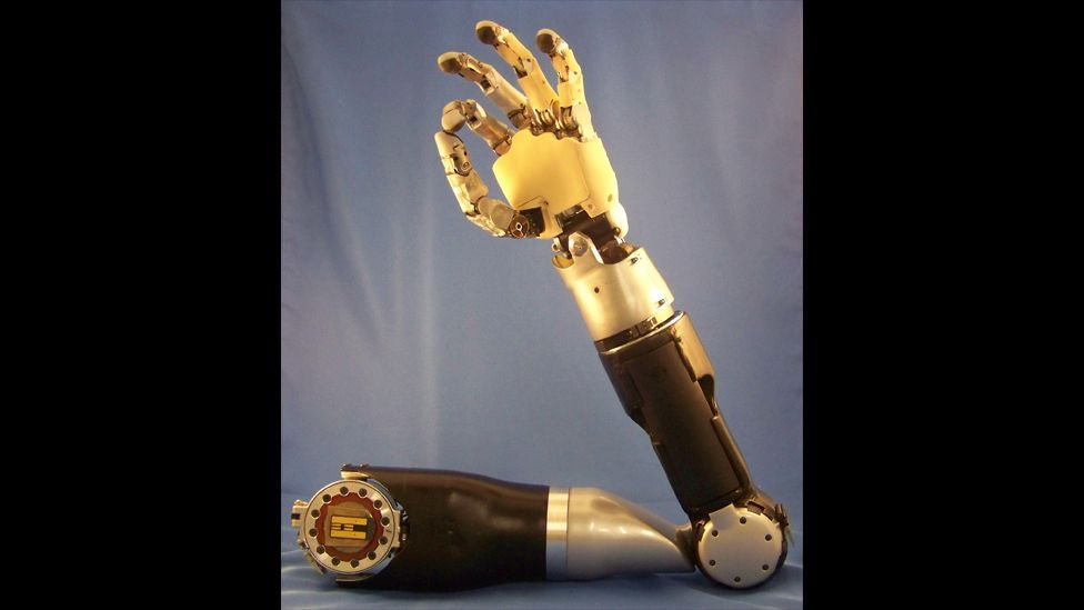 """Darpa's """"Revolutionizing Prosthetics"""" programme includes an artificial limb which is controlled by the wearer's brain signals. (Copyright: Johns Hopkins University)"""