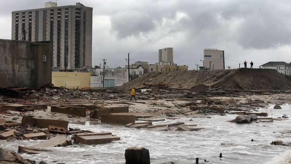 More than half of the population of America's coastal cities live below the high-tide mark. (Copyright: Getty Images)
