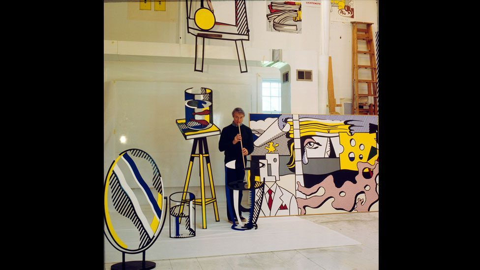 Lichtenstein found it difficult to emerge from the shadow of the popular Abstract Expressionist artists, until he began imitating comic book pictures. (Photo: Centre Pompidou)