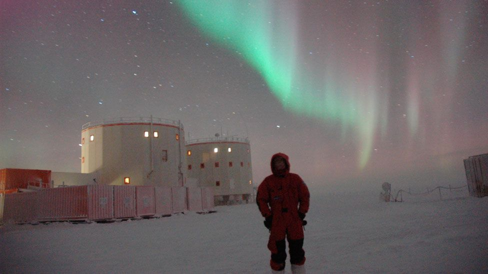 Space agencies are studying life on remote Antarctic bases to understand astronauts' behaviour better. (Copyright: Science Photo Library)