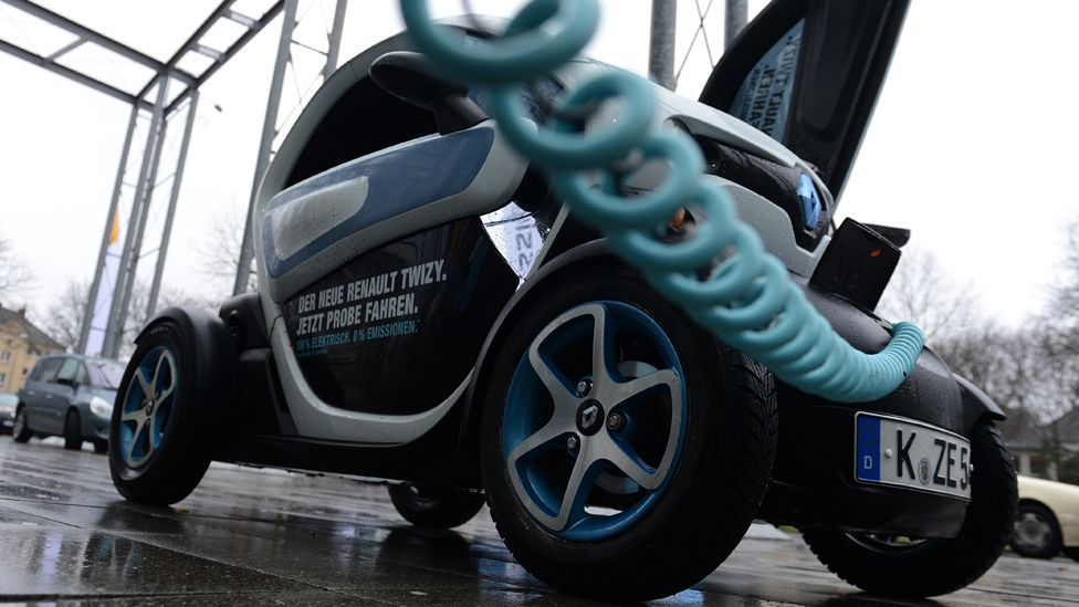 Miniature city cars already do without internal combustion engines; but can electric cars become a viable alternative for travel on the highways and byways? (Getty Images)