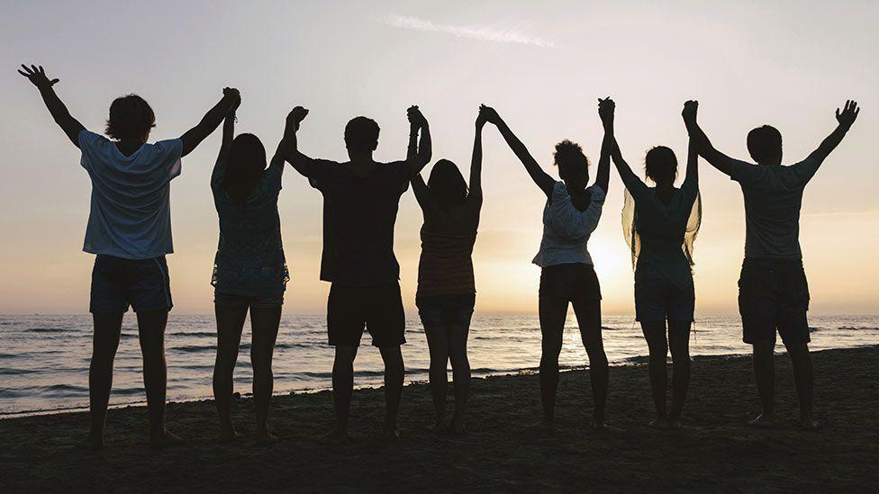 Making new friends helps battle homesickness (Thinkstock).