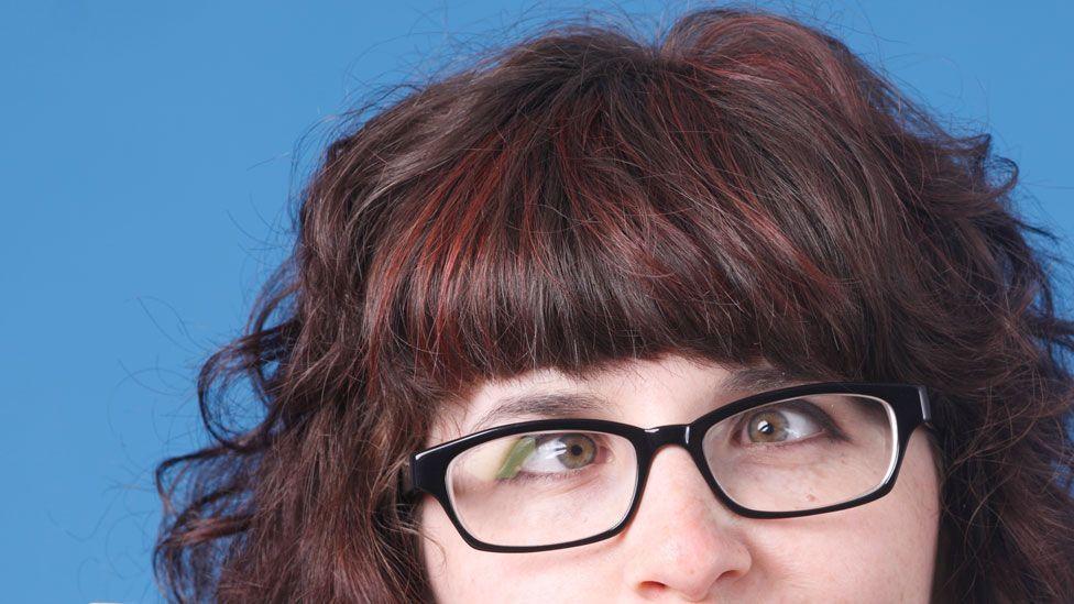 Do glasses weaken your eyesight? (Thinkstock)