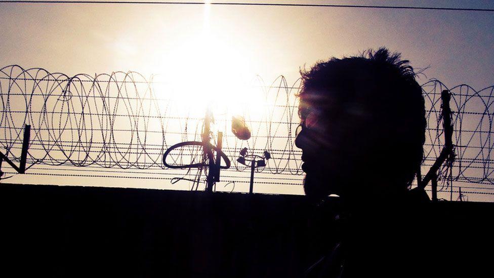 Inside prison walls, solitude can play disturbing tricks on the mind (Flickr/Cyri)